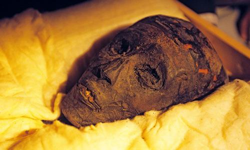 Head of Tutankhamun as it is today.